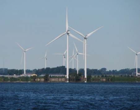 Chatham-Kent-wind-turbines-from-Lake-Erie-and-Rondeau-Bay15